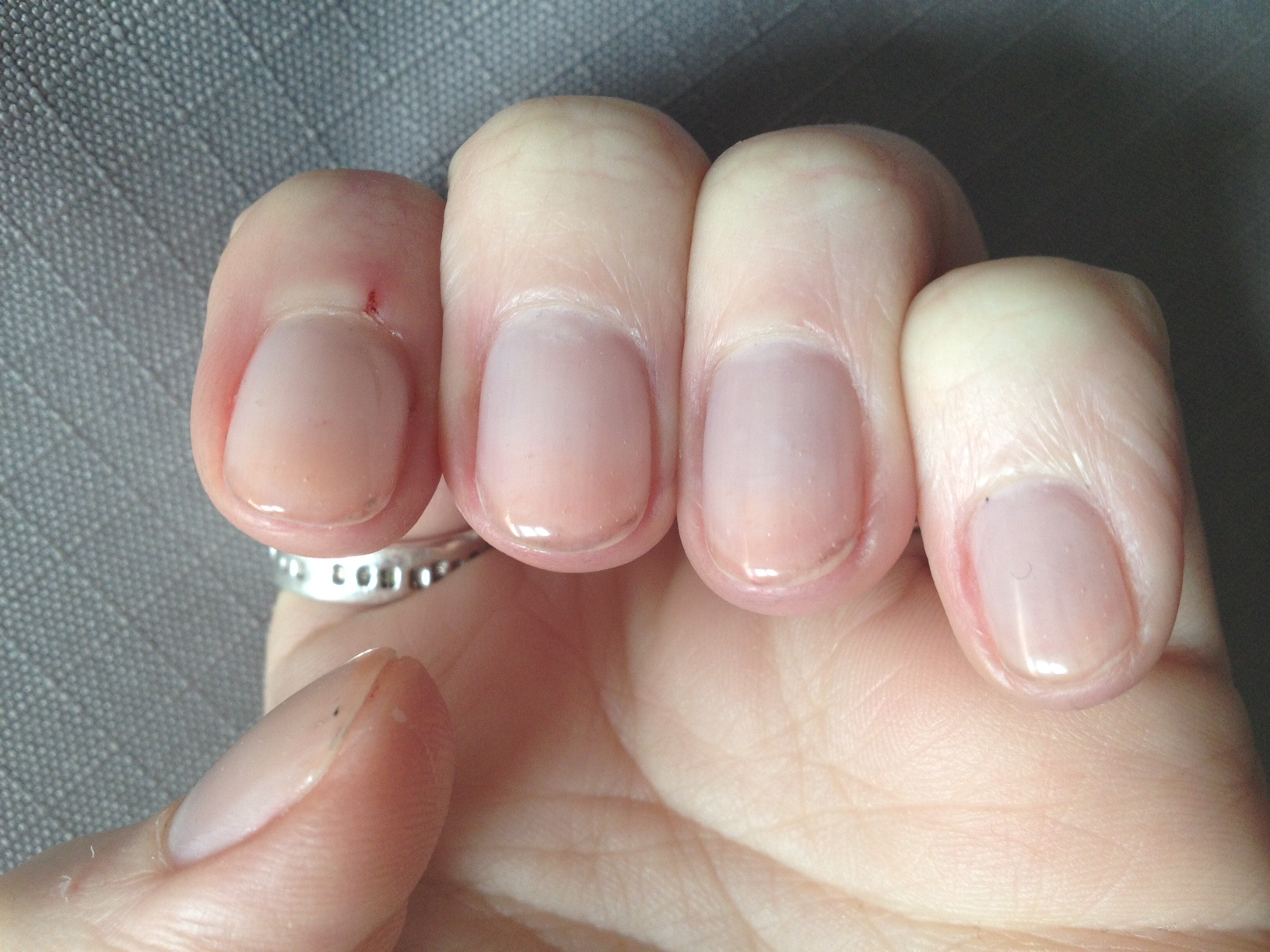 Ongle en gel transparent - Photo ongle gel ...